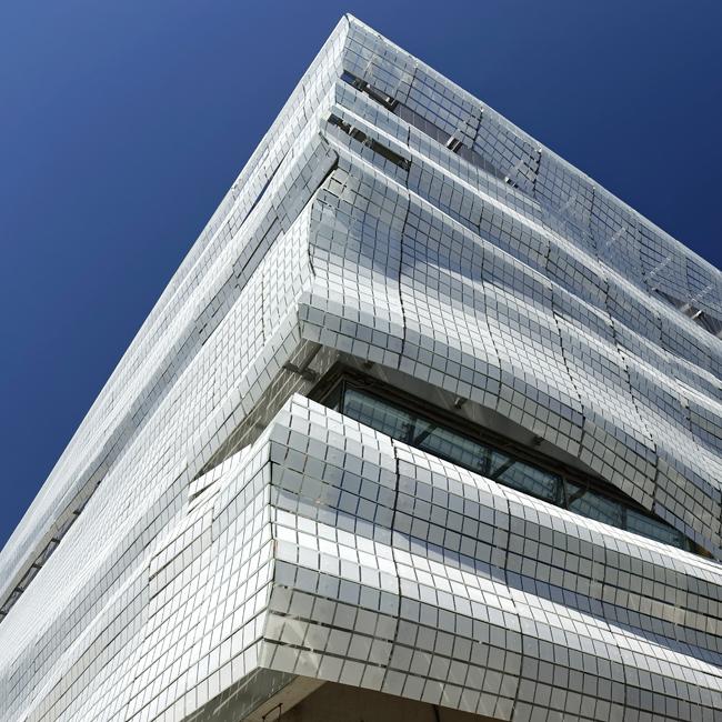 angle facade