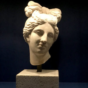 tête de statue de venus - Musée de la romanité