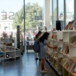 intérieur de la librairie du musée