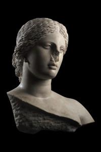 statue de l'exposition temporaire 2021 au Musée de la Romanité - Louvre