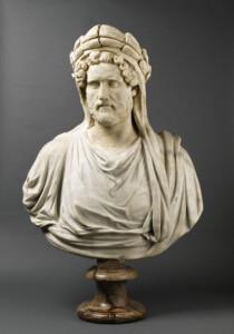 Buste d'Antonin le Pieux en frère Arvale, (prêtre de Cérès), voilé et couronné d'épis